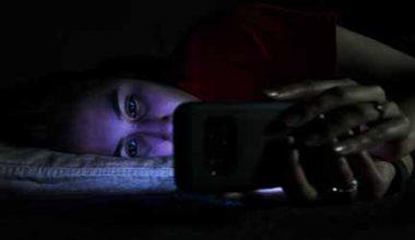Sağlığımızı Tehdit eden Mavi Işık Nedir?